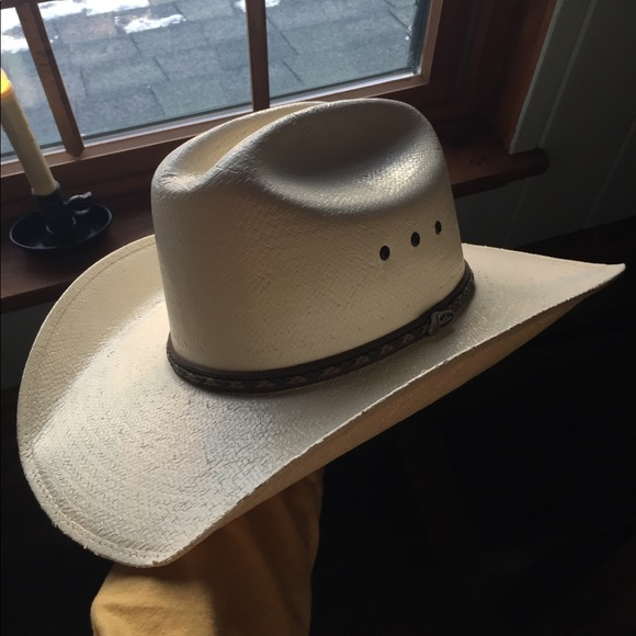 Justin Boots Accessories - Justin Boots cream colored cowboy hat 028856fbcd3